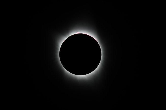 2017 solar eclipse totality less corona - David Morris