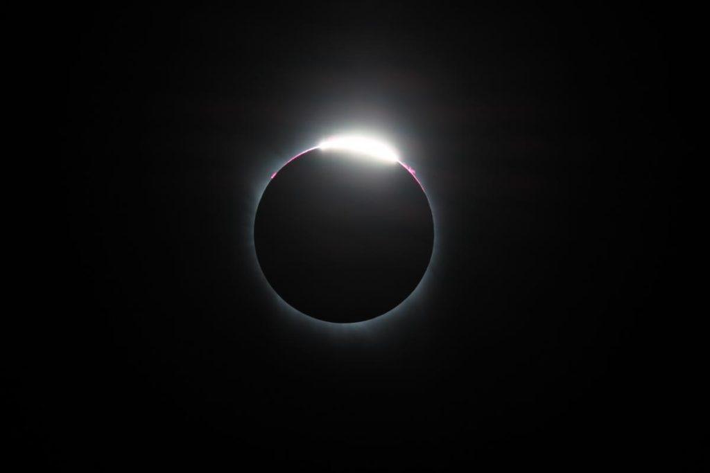 2017 solar eclipse diamond - David Morris